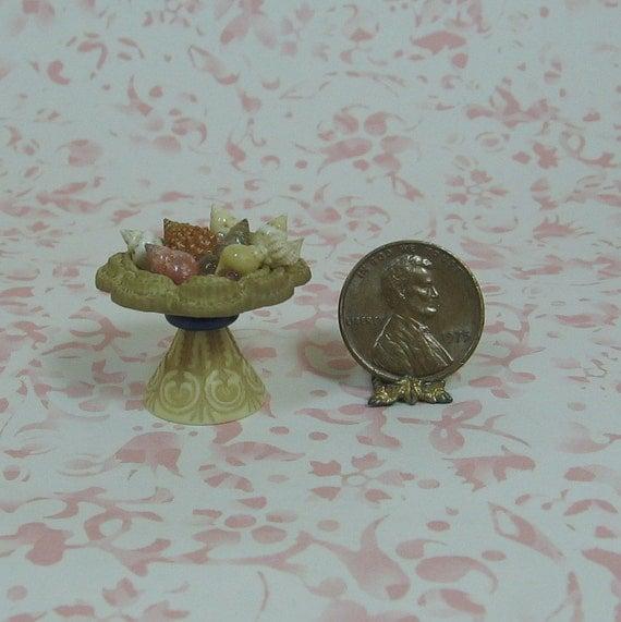 Dollhouse Miniature Rustic Style Pedestal Bowl With Seashells