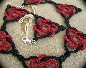 Tatted Lace Choker Necklace - Celtic Triangle - Two Color