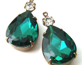 Emerald Green Glass Teardrop Beads, Patina Brass Settings, Glass Jewels, 26mm x 13mm, 18mm x 13mm, 13x18 Pear, Choose Your Color, One Pair