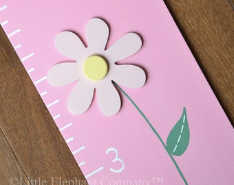 Kaylee Daisies Wooden Growth Chart in Light Pink, handpainted, FREE nail cover and personalization