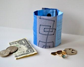 Secret Stash Wrist Wallet  Money Cuff - BLUE WAVE- hide your cash, coins, key, jewels, in a secret INSIDE  zipper...