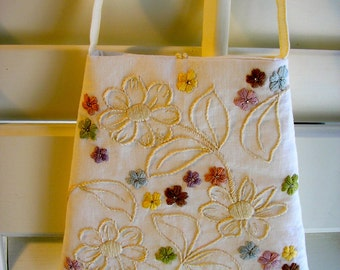 Woman's Hand Embroidered Linen Purse