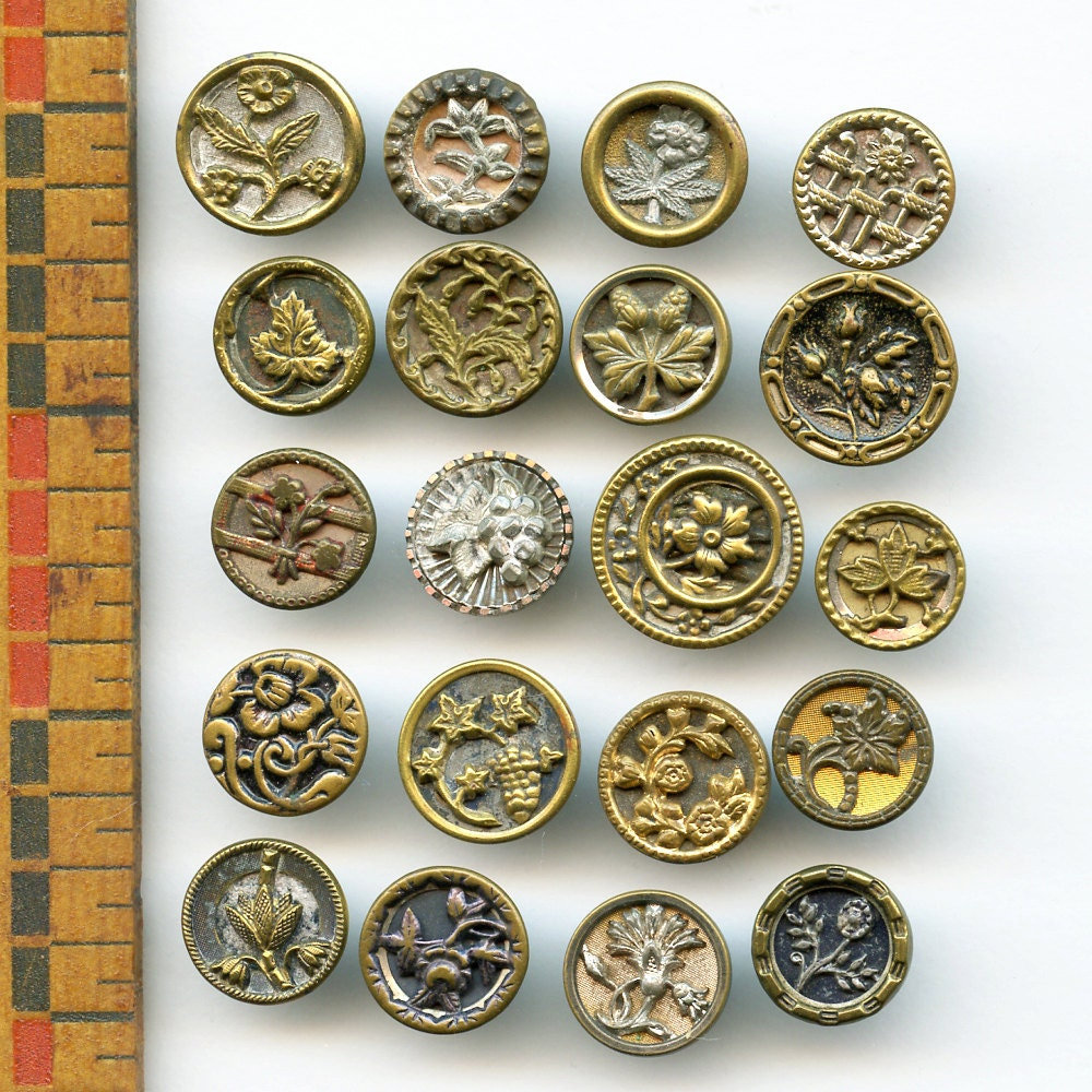 Victorian Flower Metal Buttons Lot Of 20 Small Antique