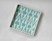 Ceramic serving tray Blue green gothic arch pattern.