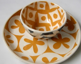 cup or small bowl -turmeric with slate grey