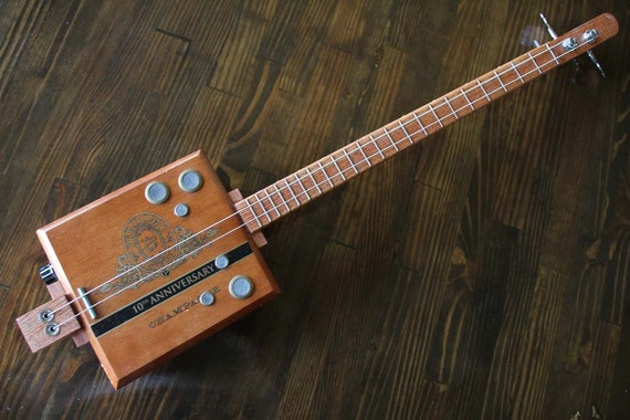 cigar box bass guitar 2 string. Black Bedroom Furniture Sets. Home Design Ideas
