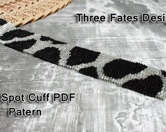 Cow Spot // Peyote Stitch // Gourd Stitch // Bracelet // Cuff // Pattern // Silver and Black
