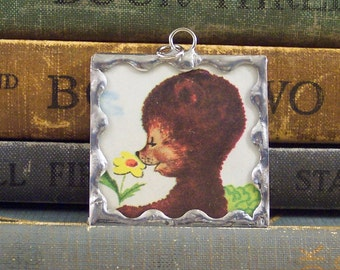 Brwn Bear Pendant - Soldered Glass Charm w/ Vintage Book Illustration -  Bear and Daisy Pendant - Rustic Woodland Animal Charm - Story Book