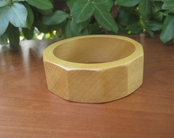Wood Bangle - Size X Small - Sunshine Yellow - Faucet - Geometric - Small hand - Tiny Wrist - Summer Fashion - Wooden Jewelry - Pau Amarello