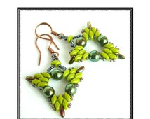 Beading Tutorial - Tri-Dangle Earrings - Super Duo and Rizo Beads