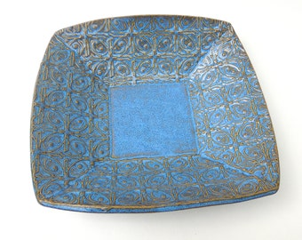 Medium Blue Textured Tin Roof Ceramic Pottery Serving Plate Bowl