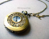 Victorian Vintage-Style Pocketwatch Necklace