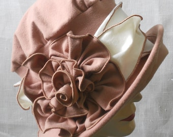 Organic Cloche Hat With Rose-  Ladies Flapper Hat - Travel Hat - Mocha and Cream - Charlotte