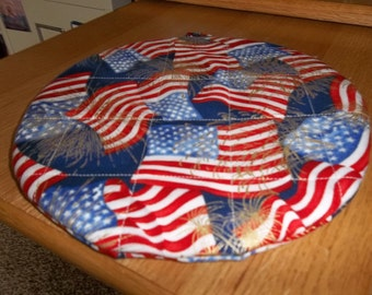 Quilted, Patriotic Pot holders, 4th of July, Potholders, Quilted Hot Pads, Round Cotton, Double Insulated, Handmade, Trivet, 9 Inches, Gift