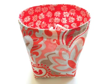 Reversible Drawstring Knitting bag or small project bag Kip bag Riley Blake red and blue