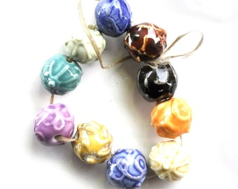 Multicolour set of 10 porcelain beads