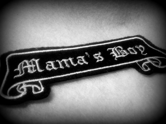 Tattoo Name Patch old english Mama's Boy