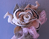 vintage 50s deer boutonniere - Christmas foil tinsel - corsage pick tie - on millinery flower