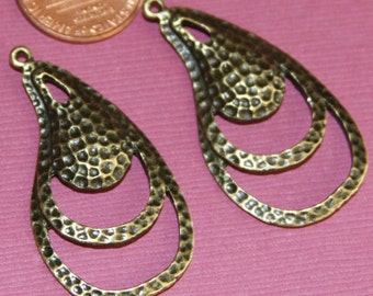 4 pcs of Antique brass hammered  teardrop 38x22mm