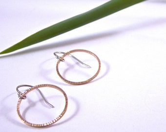 Zen 14 Karat Rose Gold Hammered Circle Earrings Modern White Gold Wire Simple Dainty