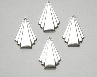 Silver Plated Deco Triangle Fan Pendant Drop Sm (6) mtl115B