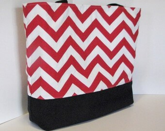Chevron Tote Bag . Red White and Black chevron beach bag . Standard size .  bridesmaid gift . Teacher tote bag . MONOGRAMMING Available