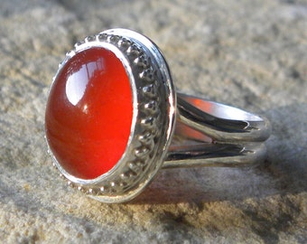 Carnelian ring, ornate sterling silver ring with fiery orange carnelian cabochon, large carnelian cabochon ring
