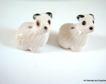 SALE - 2 Sheep Beads Animal Bead Barnyard Animal Ceramic Hand Painted Glazed 18x16mm - 2 pc - 5965