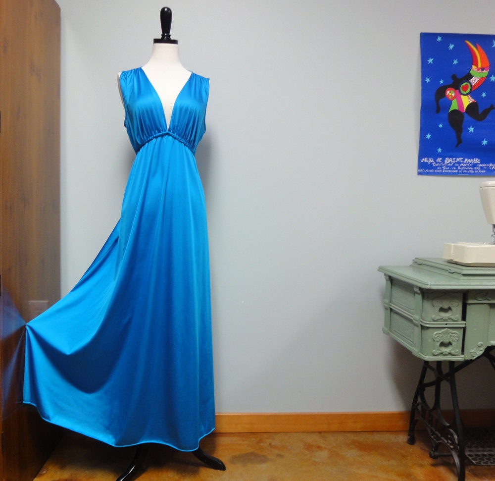 Maxi Ancient Greek Style Dress With Deep Neckline And: Vanity Fair 70s Turquoise Nightgown Long Grecian Gown Maxi