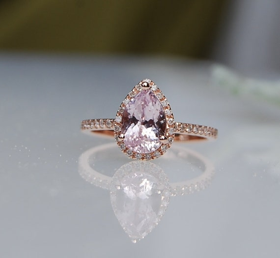 1 15ct Pear shape Ice Peach sapphire in 14k rose gold diamond