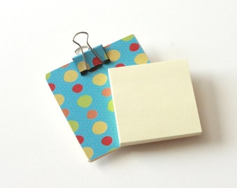 Magnetic Sticky Note Holder - Blue fun dots