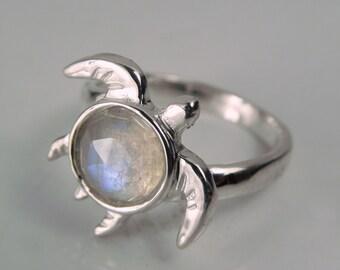 Rose Cut Moonstone Turtle Ring - Gemstone Shell Turtle Ring - Moonstone Shell Turtle - Rainbow Rose Cut Moonstone Jewelry - Blue Moonstone