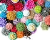 25pc medium resin flower cabochon mix, a wholesale lot of mixed sizes and styles to make earrings, rings, and hairpins