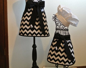Mother/Daughter Black and White Chevron Half Aprons with Pockets
