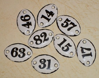 Farmhouse Enamel White and Black Metal Number Tag Plaquettes