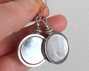 White earrings, disc earrings, boho chic jewelry, mother of pearl earrings, drop earrings, mothers day gift, drop earrings, boho earrings