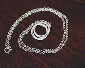 Sterling Silver Interlocking Rings Necklace (E0339)