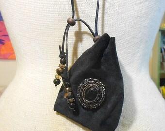 "Beaded Onyx /  Black Suede Leather Necklace Pouch - Medium Size 11.5 x 8.5 cm. (4 3/8"" x 3 1/4"") - OlyTeam"