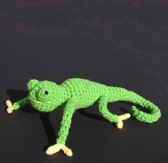 Amigurumi Chameleon Free Pattern : PDF CROCHET PATTERN Carl the Chameleon by bvoe668 on Etsy