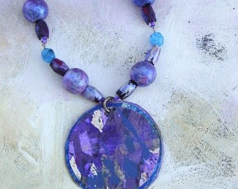 Artful Lilac necklace upcycled palette in summer colors