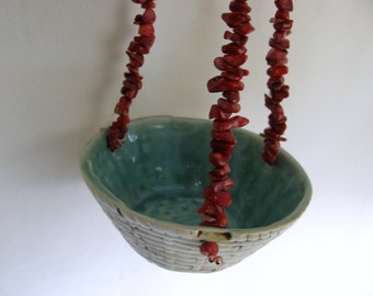 Hanging Porcelain Basket with Coral Beads RKC120