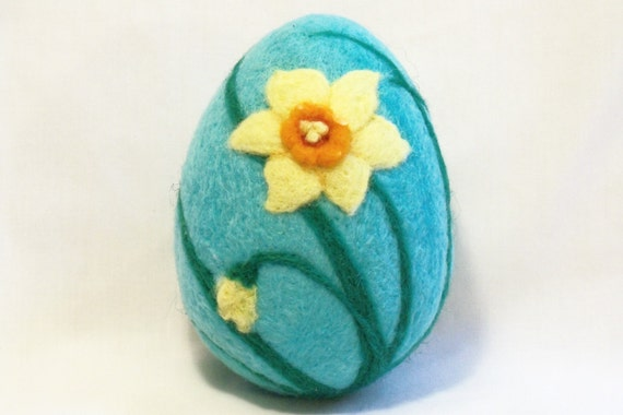 Extra Large Needle Felted Easter Egg - Daffodil on Aqua Blue Egg