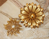 Vintage FLORAL Brooches-Retro Flower- Costume Jewerly- Gerry's
