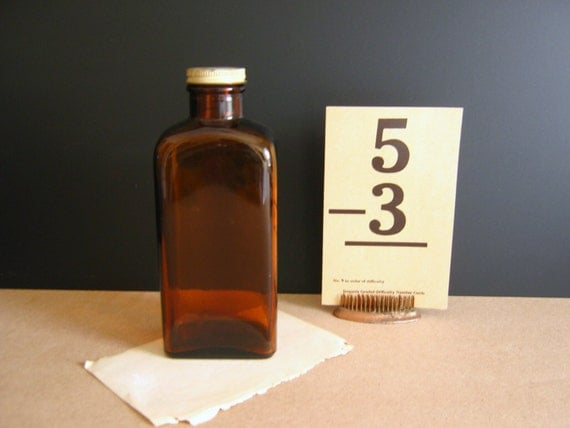 Brown Glass Bottle / Pharmacy / Vintage Apothecary / Amber Bottle
