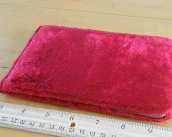1880s red velvet victorian Paragon Autograph book Markhams NY  Red velvet exterior  Title page says Paragon Autograph Book  Mostly blank, on