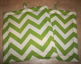 Set of 2 Potholders in Green and White Chevron fabric.