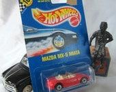 Mazda Miata Hot Wheels Mattel 1990 DieCast Car Red Toy Chrome Wheels Rare Vintage Blue Card