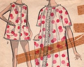 Vintage Advance Pattern 2918 - Ladies Shortie Pajamas and Robe - Size14