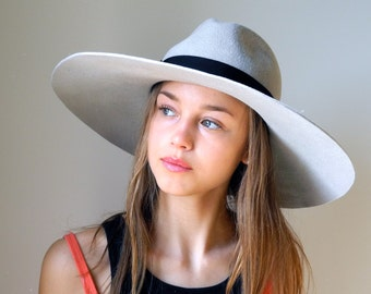 Wide Brimmed Fedora Hat- Women- Spring Fashion- Spring Accessories- Fall Fashion- Winter Accessories- Fall Hat- Dressy Hat- New York Style