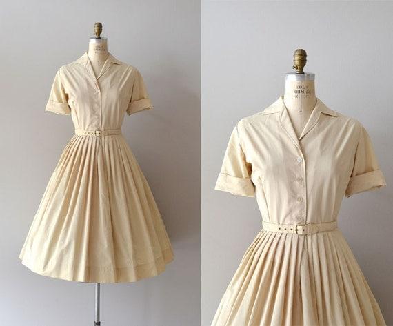 1950s dress / vintage 50s shirtdress / Amandel shirtwaist
